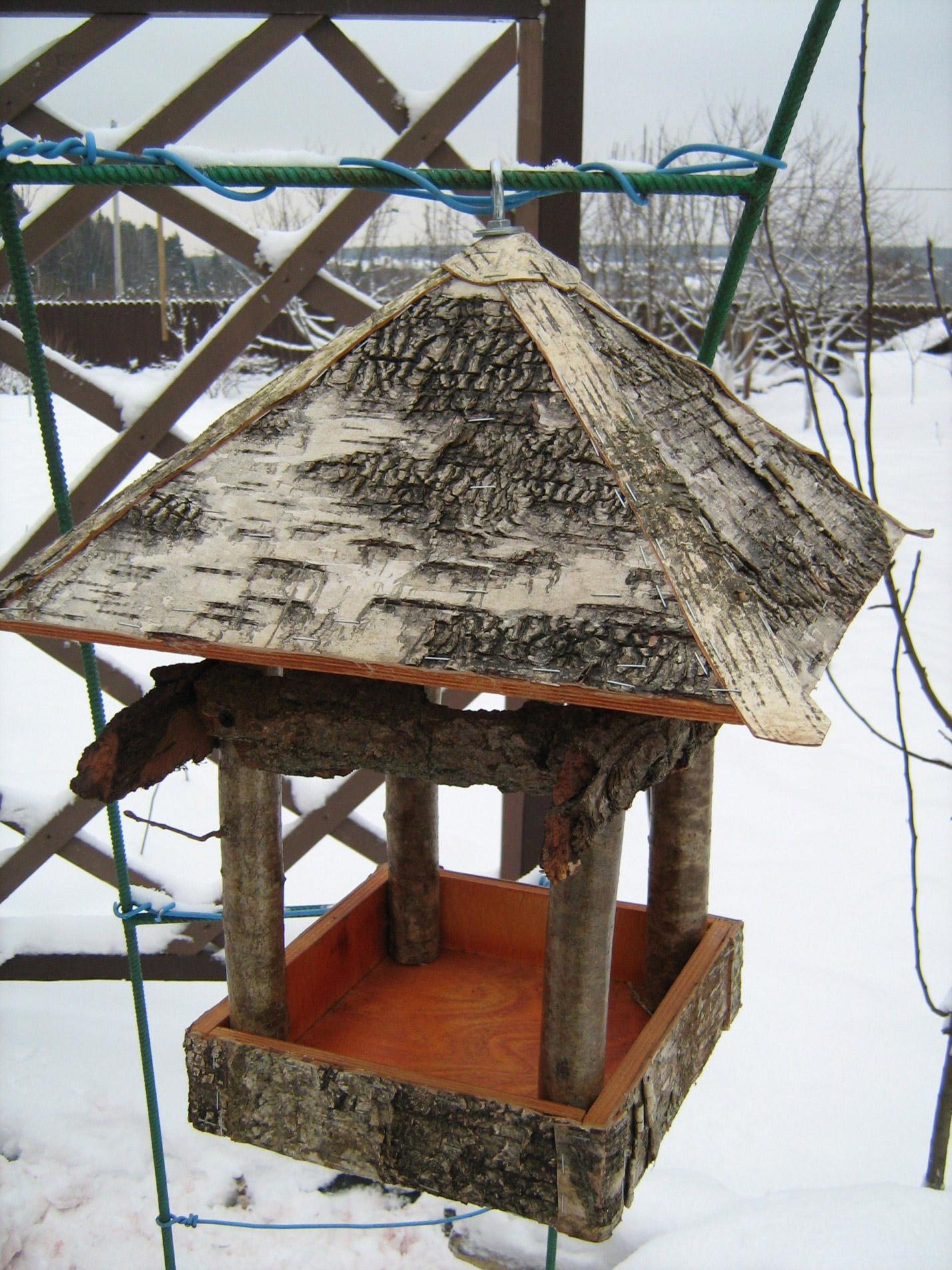 Сделать кормушку для птиц своими руками
